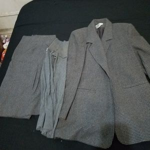 "Fall vintage Wool dress business suit ""Gray"""